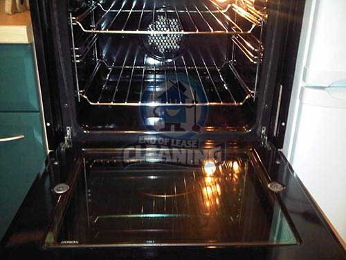 black clean oven